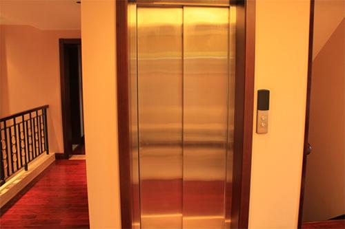 家庭别墅电梯尺寸应如何选择?