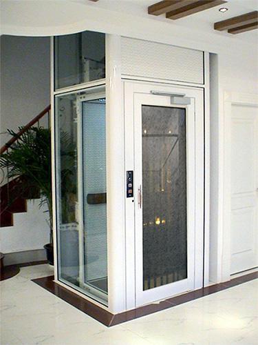 如何选择更符合家庭的别墅电梯?